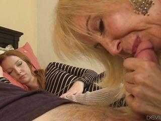 порно взрослые муж и жена