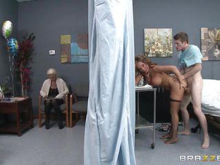 для просмотра врач праве секс