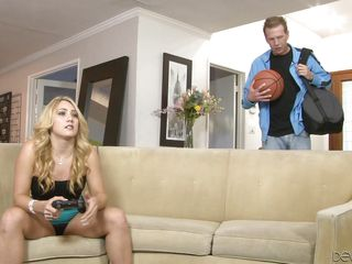 Молодые шлюхи порно видео