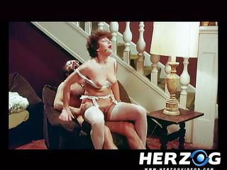 Порно видео ретро анал