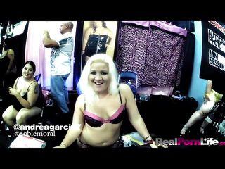 Порно видео скрытая камера в сауне