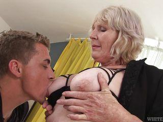 Порно hd 720 бабушки